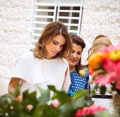 May 11, 2016, Queen Rania, lunch hosted by Khawla Al Armouti, in support of the Jordan River Foundation's child program Read more at http://websta.me//n/queenrania#0IOsOA6gOLHcflpG.99