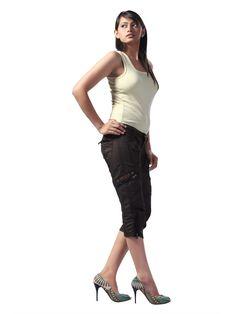 Women's Cargo Pant Cargo Pants Women, Capri Pants, My Style, Fashion, Moda, Capri Trousers, La Mode, Fasion, Fashion Models