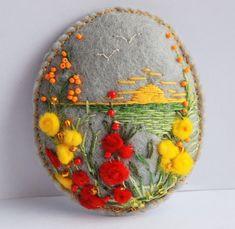 spring crafts: miracle felt pictures handmade – ideas - crafts ideas - crafts for kids Felt Embroidery, Felt Applique, Felt Pictures, Spring Crafts For Kids, Felt Decorations, Felt Brooch, Felt Art, Felt Ornaments, Felt Flowers