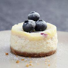 Mini Blueberry and Vanilla Cheesecake recipe #recipe