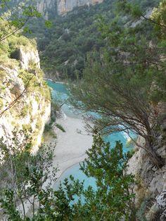 El azul del Cinca por el cañón