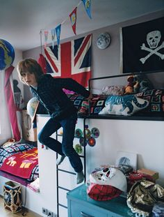 This is what I want Finn's room to look like when he's 8.