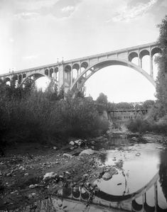 (1920)^ - Pasadena's Colorado Street Bridge as it appeared in 1920. The bridge's graceful Beaux Arts arches first crossed the Arroyo Seco in 1913.	  Water and Power Associates