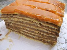 Backen: Doboschschnitten The perfect baking: Doboschschnitt recipe with picture and simple ste Brownie Bites Recipe, Tasty Bakery, Cut Recipe, Sicilian Recipes, Romanian Food, Cake Bars, Desert Recipes, Cake Cookies, Yummy Cakes