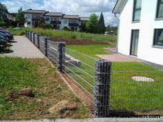 Über 4000 Zaunreferenzen/Referenzen. Finden Sie Ihren Zaun für Heim und Garten, Sichtschutz und Lärmschutz, Industrie und Sicherheit oder der Tierhaltung.
