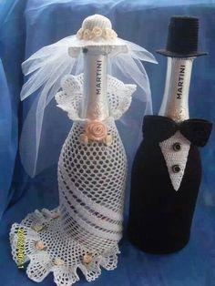 Garrafa trouwjurk en kostuum voor fles