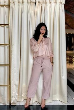 LOTD: Here's How Heart Evangelista Made Pink Look Sporty | Preview.ph Heart Evangelista Style, Filipino Fashion, Love Fashion, Fashion Outfits, Asian Style, Mom Style, Julia Baretto, Style Icons, Celebrity Style