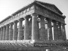 paestum, temple of poseidon, Almafi Coast, Italy
