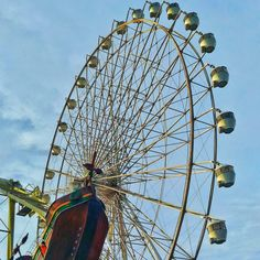 Sky Ranch Tagaytay is one of the popular tourist attractions in the area, known for the view, the cold weather and the amusement. Mahal Kita, Tagaytay, Amusement Park, Philippines, Ranch, Asia, Fair Grounds, Travel, Guest Ranch