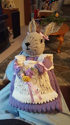 Bunny Rabbit Tea Cozy pattern by J. Tea Cosy Knitting Pattern, Tea Cosy Pattern, Animal Knitting Patterns, Free Pattern, Knitted Tea Cosies, Easter Bunny Eggs, Charitable Donations, Tea Cozy, Pattern Library
