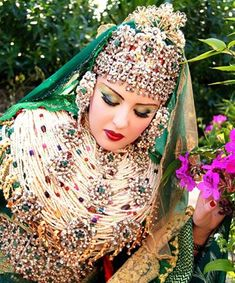 White Is Nice, But Redder Is Better, 17 Unbelievable Wedding Beauty Looks Around the Globe - (Page Moroccan Bride, Moroccan Wedding, Kaftan Moroccan, Bridal Beauty, Wedding Beauty, Traditional Wedding, Traditional Dresses, Wedding Attire, Wedding Bride