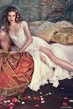 galia lahav spring 2016 bridal dresses bateau sheer neckline chuffon ivory color fluid a line wedding dress donna