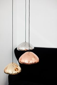 Hviit // For deg som elsker interiør: Tom Dixon er gull Light Fittings, Light Fixtures, Interior Lighting, Lighting Design, Tom Dixon Lighting, Deco Design, Home And Deco, Living Room Lighting, Decoration