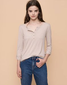 BASIC T-SHIRT - WOMEN´S SALE - SALE - PULL&BEAR United Kingdom