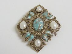 Vintage Sarah Coventry Brooch / Pendant by labaublesandbags, $25.00