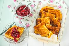 Pannukakku – Hellapoliisi f bun Cornbread, Cheese, Ethnic Recipes, Food, Healthy, Millet Bread, Corn Bread, Meals