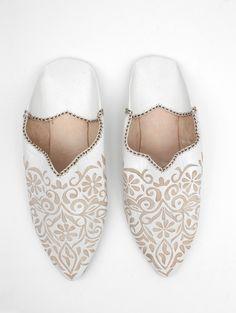 Moroccan Decorative Babouche Slippers, White