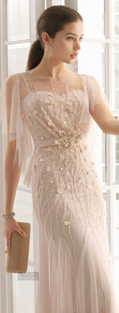 Pick the perfect bridal or guest look from our trend-setting wedding dresses and evening gowns. Lovely Dresses, Beautiful Gowns, Elegant Dresses, Beautiful Outfits, Long Wedding Dresses, Wedding Gowns, Prom Dresses, Formal Dresses, Traje Black Tie