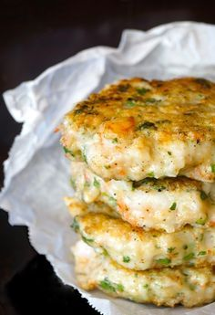 Cilantro Shrimp Burgers with Smoky Guacamole Shrimp Cilantro Burgers with Smoky Chipotle-Lime Guacamole – weekend recipes Easy Appetizer Recipes, Fish Recipes, Yummy Recipes, Dinner Recipes, Yummy Food, Healthy Recipes, Protein Recipes, Burger Recipes, Appetizers