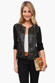 omg love the studded leather jacket <3