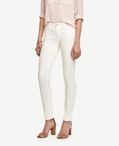 """AM to PM perfect. Our modern fit, leaner through your hips and thighs. Front zip with button closure. Belt loops. Classic five-pocket styling. 31"""" inseam."""