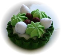 Pretend Play Kitchen - Green Tea Tart, in Felt by Hiromi Hughes, via Flickr