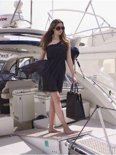 http://www.luxuryartisan.com/783-4222-thickbox/portofino-tote-bag.jpg