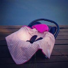 Kennt ihr die praktischen Einschlagdecken für die Babyschale oder den Autositz? Auch für wärmere Tage im Frühjahr und Sommer erhältlich: Sommer Einschlagdecke von HOBEA-Germany #babyschalendecke #einschlagdecke #babydecke #hobea #hobeagermany #babyblanket #sommerdecke #babygirl #babyaustattung #babyschale #zubehör #autositzdecke #baby #fusssack #maxicosi #babyautositz #hobea_germany #instapicoftheday
