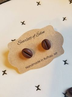 Earrings 620089442418777475 - Coffee bean post earrings, food earrings, clay food, polymer clay earrings, women's jewel Polymer Clay Charms, Handmade Polymer Clay, Polymer Clay Earrings, Cute Jewelry, Modern Jewelry, Diy Jewelry, Geek Jewelry, Antique Jewelry, Crea Fimo