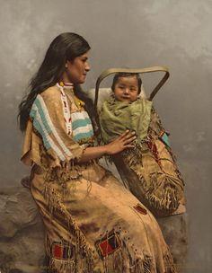 Old Photos - Ojibwa (aka Ojibwe, aka Ojibway) | www.American-Tribes.com