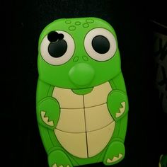 IPhone 4/4s case Turtle, super cute, fits great on the phone! Accessories Phone Cases