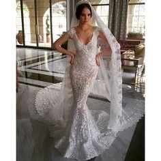 @ramisalamoun #ramisalamoun #weddingday #wedding #weddingdress #weddinginspiration #weddinggown #princess #paris #luxury #losangeles #lindo #saudi #qatar #queen #kuwait #kualalumpur #ankara #turkey #whitedress #istanbul #inspiration #models #london #rome #italy #italian