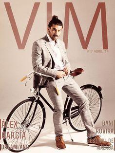 VIM Magazine - Abril #17 Ya está disponible el número de Abril de VIM Magazine con Álex García en portada.