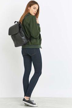 Minimal Grain Backpack