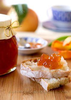 Варенье из грейпфрута имеет ярко выраженный цитрусовый вкус — с лёгкой горчинкой, небольшой кислинкой, и в меру сладкое. на 4 баночки по 300-350 гр 2 средней величины красных грейпфрута (~850…