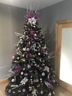 Best Indoor Garden Ideas for 2020 - Modern Purple Christmas Tree Decorations, Christmas Tree Inspo, Dress Form Christmas Tree, Elegant Christmas Trees, Blue Christmas Decor, Silver Christmas Tree, Colorful Christmas Tree, Holiday Tree, Christmas Tree Toppers