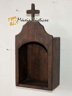 Móveis Rústicos: Fevereiro 2011 Cool New Gadgets, Prayer Corner, Meditation Altar, Home Altar, Diy Kitchen Storage, Diy Cardboard, Diy Home Crafts, Diy Wood Projects, Woodworking