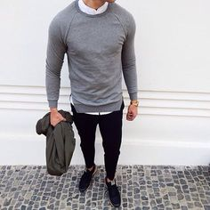The Shirt - Sweater combo never fails don't you think have a good Start into the week Tomboy Fashion, Fashion Art, Mens Fashion, Sweater Shirt, Shirt Outfit, Blue And White Striped Shirt, Suit And Tie, Jeans, Casual