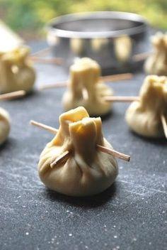 Mozzarella e Pesto con pasta sfoglia.