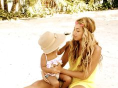 Beyoncé Shares Her Sweet Summer Snaps With Blue Ivy Carter: Beyoncé Knowles and Blue Ivy relaxed on a beach. Source: Tumblr user Beyoncé