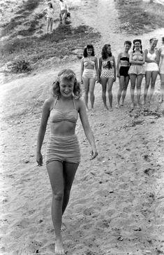 U.S. Balboa Beach, CA, 1947//  Photo by Peter Stackpole