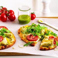 Accueil - Mouvement J'aime les fruits et légumes Naan, Pesto, Bruschetta, Vegetable Pizza, Vegetables, Ethnic Recipes, Four, Caramelized Onions, Eruca Sativa