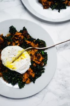 Sweet potato kale hash with a poached egg is a perfect, simple and healthy breakfast dish! #sweetpotato #kale #hash #breakfast #eggs #healthybreakfast