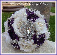 PURPLE broche BOUQUET  Glam Jeweled Bouquet par Elegantweddingdecor
