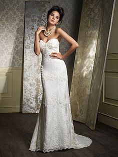 Alfred Angelo 869, find it on PreOwnedWeddingDresses.com