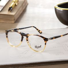 Inspired by gold and black wood, Ebano e Oro Persol glasses from the Vintage Celebration Collection filter a classic through a modern lens
