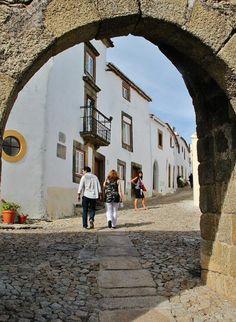 http://guias-viajar.com/ Entrada de Marvao en la región del Alentejo en Portugal