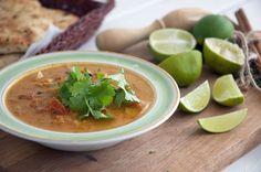 Nem og virkelig lækker indisk Curry. En ret med masser af smag og gode råvarer, som er klar til servering på omkring en halv time. Se opskrift og billeder