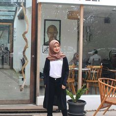 Casual Hijab Outfit, Ootd Hijab, Fashion Backpack, Poses, Random, Photography, Outfits, Style, Faeries