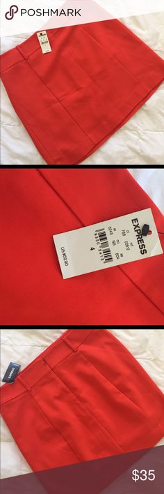 NWT Express Red Skirt Loops for a belt, zip up back, and ADORABLE Express Skirts Mini
